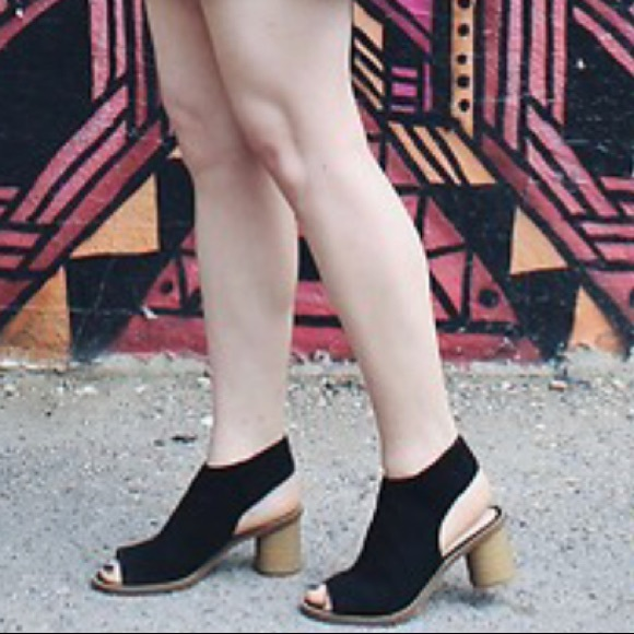 d1c0839d9 Clarks Shoes - Clark s Somerset Nubuck Suede Open Toe Sandals